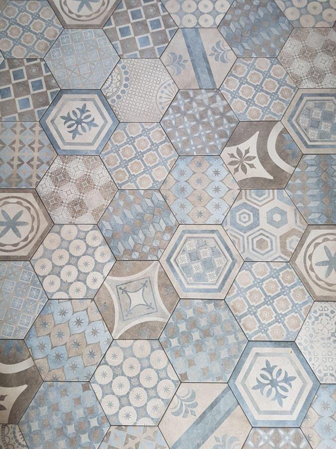 Rivestimenti Bagno Napoli : Gres porcellanato effetto cementina ceramiche como